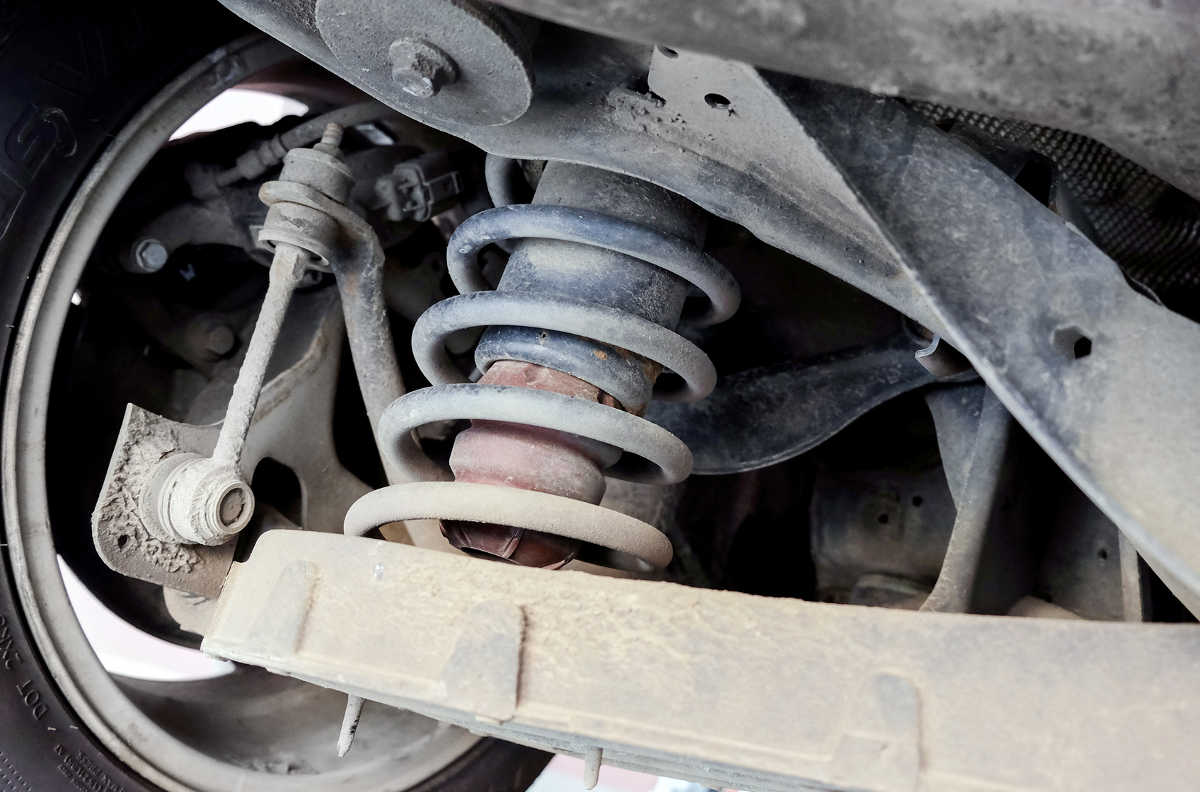 5 Tips to Detect a Leak in Your Land Rover Air Suspension